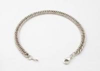 B14 Chunky curb bracelet