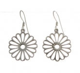 E113a flower earrings