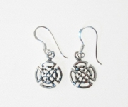 E132 Silver Celtic Design Earrings
