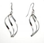 E134a Silver twirl earring