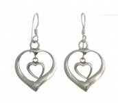 E143 Silver heart earrings