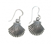 E15 Silver shell earrings