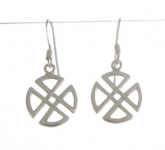 E153 Silver celtic circular cross earrings