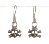 E91 Skull and cross bones earrings