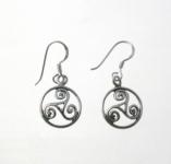 E162 Triskele Circle Earrings