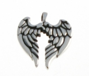 P154 Angel wing pendant