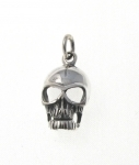 P322 Silver skull pendant
