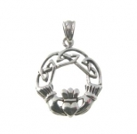 P49 Silver Claddagh Pendent