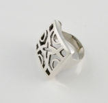 R158 Contemporary ring