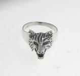 R33 Wolf head ring