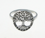 R186 Silver tree ring