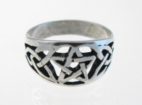 WR6 Pentagram and celtic ring