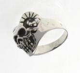 R284 Silver skull ring