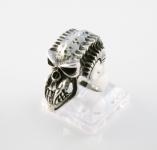 R296 Alien skull ring