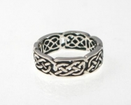 R70 Silver celtic ring