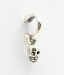 S82 skull on half circle bone studs