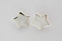 S85 Solid star studs